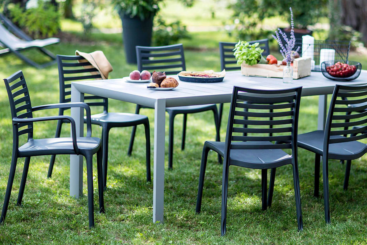 Vente privée Grosfillex - Chaises, tables & mobilier de ...